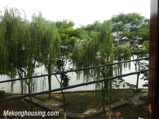 Cheap apartment with lake view for rent in Tay Ho, Hanoi 7