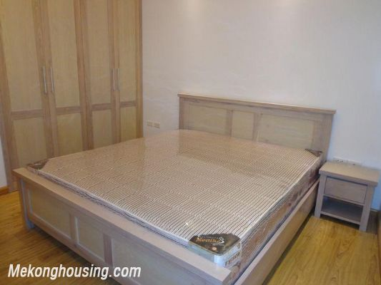 Cheap serviced apartment for rent in Lang Ha street, Dong Da district, Hanoi 1