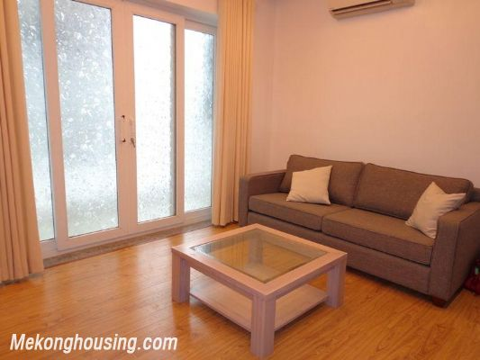 Cheap serviced apartment for rent in Lang Ha street, Dong Da district, Hanoi 5