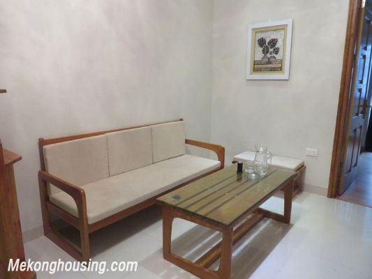 Cheap serviced apartment with 2 bedrooms for rent in Ngoc Khanh street, Ba Dinh, Hanoi 3