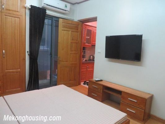 Cheap serviced apartment with 2 bedrooms for rent in Ngoc Khanh street, Ba Dinh, Hanoi 10