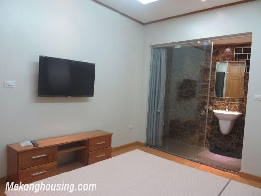 Cheap serviced apartment with 2 bedrooms for rent in Ngoc Khanh street, Ba Dinh, Hanoi 8