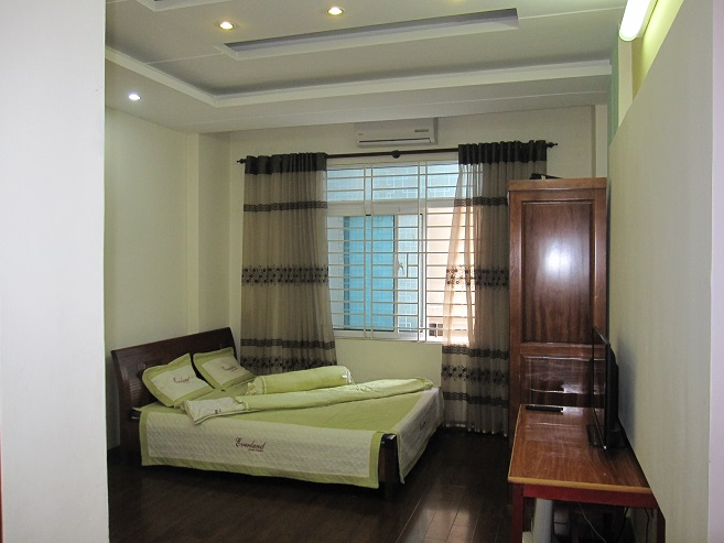 Cheap studio apartment for rent in Lieu Giai street, Ba Dinh district, Hanoi