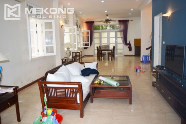 Ciputra  furnished villa for rent in T5 block with 5 bedroooms, full of natural light 2
