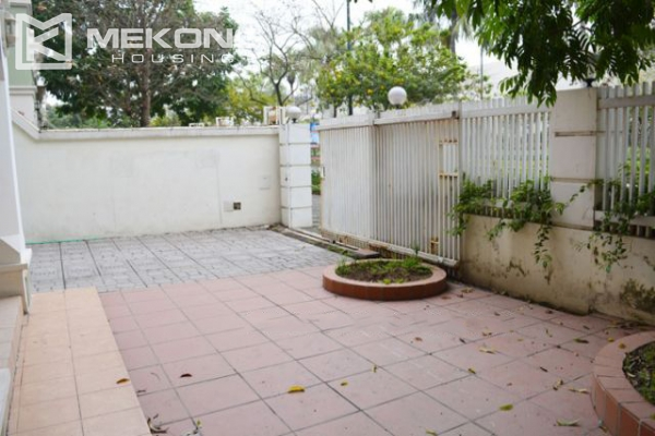 Ciputra  furnished villa for rent in T5 block with 5 bedroooms, full of natural light 6