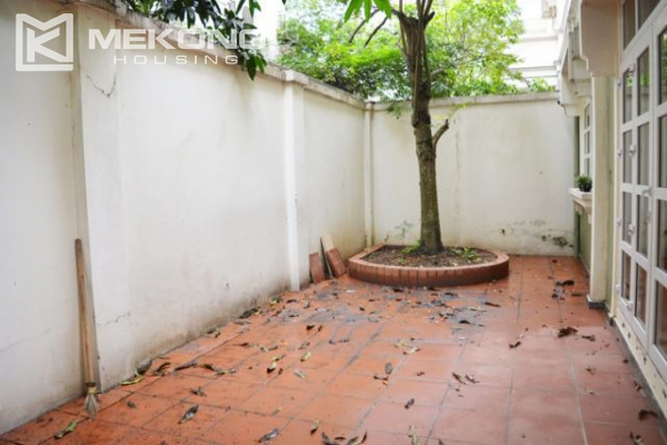 Ciputra  furnished villa for rent in T5 block with 5 bedroooms, full of natural light 8