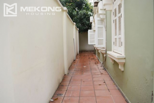 Ciputra  furnished villa for rent in T5 block with 5 bedroooms, full of natural light 9