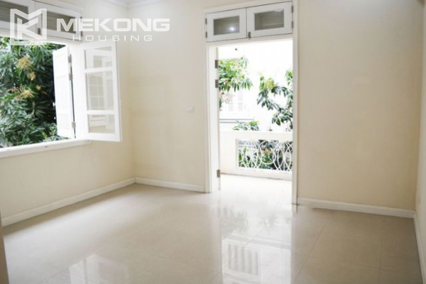 Ciputra  furnished villa for rent in T5 block with 5 bedroooms, full of natural light 18