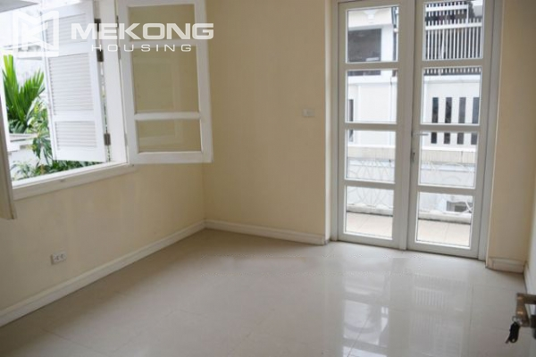 Ciputra  furnished villa for rent in T5 block with 5 bedroooms, full of natural light 19