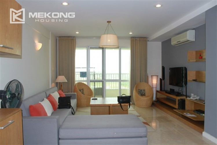 Ciputra renovated and spacious apartment with 4 bedrooms in P1 tower 4