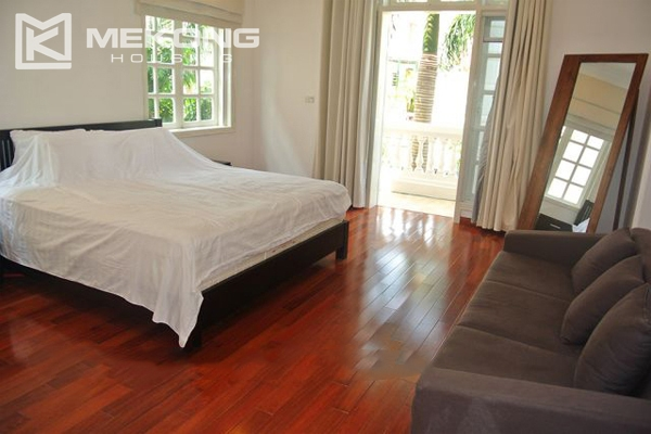 Ciputra villa for rent in C5 block with 5 bedroom and modern furniture 7