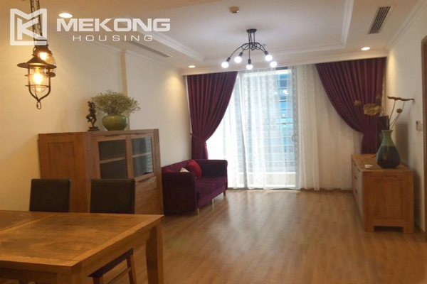Cozy furnished apartment with 2 bedrooms on middle level in Vinhomes Nguyen Chi Thanh 1