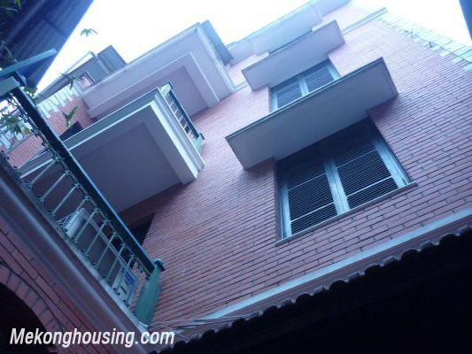 Cozy House For Lease in Hai Ba Trung district 1