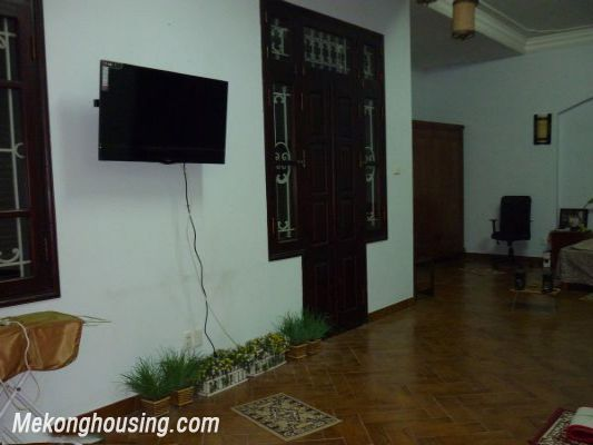 Cozy House For Lease in Hai Ba Trung district 3