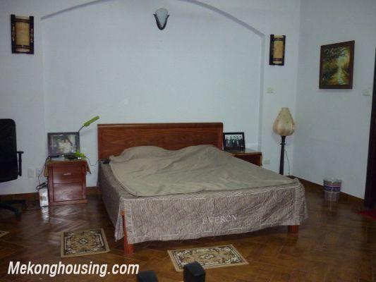 Cozy House For Lease in Hai Ba Trung district 5