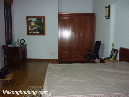 Cozy House For Lease in Hai Ba Trung district 8