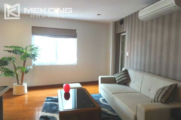 Cozy serviced apartment with 1 bedroom for rent in Nghi Tam village, Tay Ho,  Hanoi 4