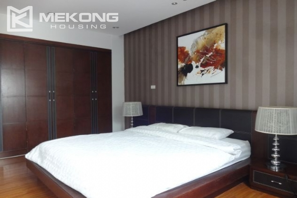 Cozy serviced apartment with 1 bedroom for rent in Nghi Tam village, Tay Ho,  Hanoi 9