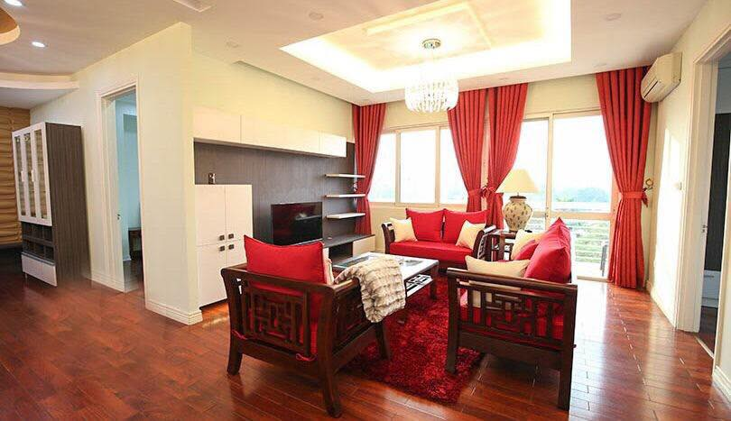 E4 apartment for rent in Ciputra urban area. The apartment has an area of ​​153 sqm