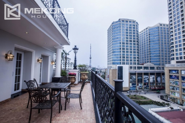 Fantastic Penthouse apartment with large terrace and luxury furniture for rent in Thai Phien street, Hai Ba Trung district 2