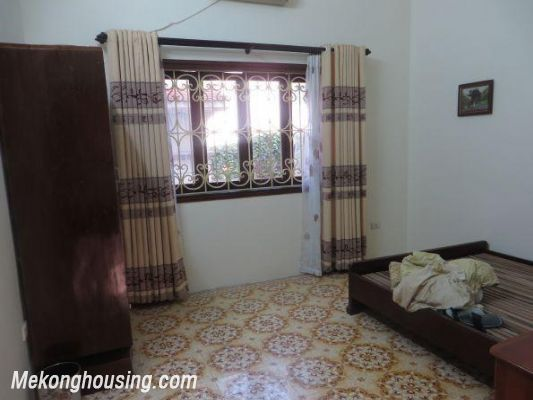 Four bedrooms house for rent in Ton Duc Thang street, Dong Da, Hanoi 8