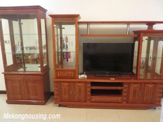 Full furniture apartment for rent in R1 Royal City, Thanh Xuan, Hanoi 2
