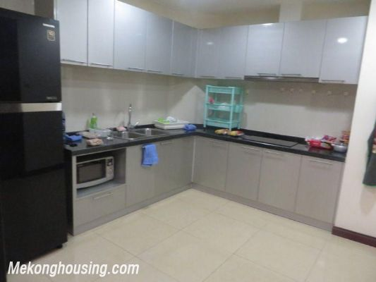 Full furniture apartment for rent in R1 Royal City, Thanh Xuan, Hanoi 3