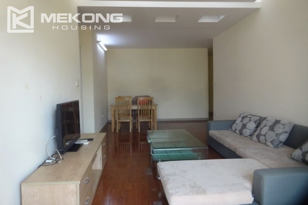 Fullly furnished apartment with 2 bedrooms for rent at 713 Lac Long Quan street, Tay Ho, Hanoi 2