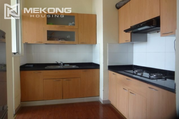 Fullly furnished apartment with 2 bedrooms for rent at 713 Lac Long Quan street, Tay Ho, Hanoi 4