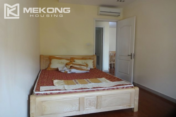 Fullly furnished apartment with 2 bedrooms for rent at 713 Lac Long Quan street, Tay Ho, Hanoi 9