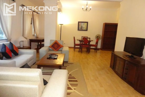 Fullly furnished apartment with 2 bedrooms for rent in Hoan Kiem district, Hanoi 1