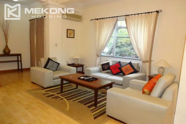 Fullly furnished apartment with 2 bedrooms for rent in Hoan Kiem district, Hanoi 2