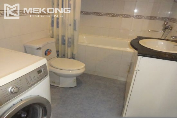 Fullly furnished apartment with 2 bedrooms for rent in Hoan Kiem district, Hanoi 10