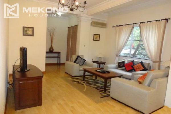 Fullly furnished apartment with 2 bedrooms for rent in Hoan Kiem district, Hanoi 3