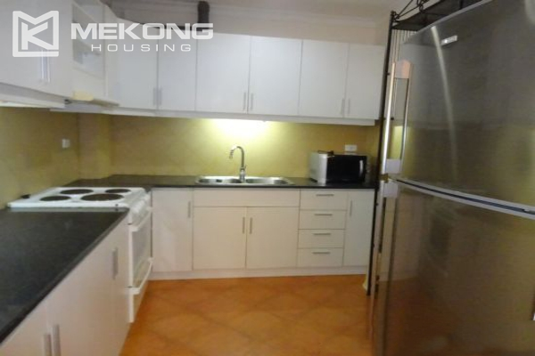 Fullly furnished apartment with 2 bedrooms for rent in Hoan Kiem district, Hanoi 7