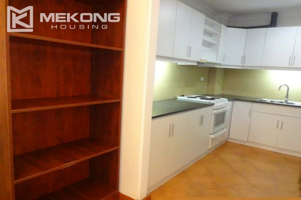 Fullly furnished apartment with 2 bedrooms for rent in Hoan Kiem district, Hanoi 8