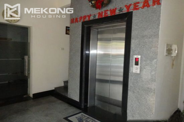 Fullly furnished apartment with 2 bedrooms for rent in Hoan Kiem district, Hanoi 11