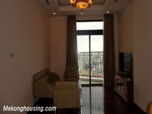 Fully furnished 2 bedroom apartment on high floor for rent in Vinhomes Royal City, Thanh Xuan district, Hanoi 3