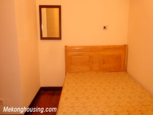 Fully furnished 2 bedroom apartment on high floor for rent in Vinhomes Royal City, Thanh Xuan district, Hanoi 10