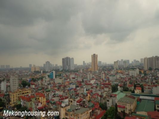Fully furnished 2 bedroom apartment on high floor for rent in Vinhomes Royal City, Thanh Xuan district, Hanoi 13