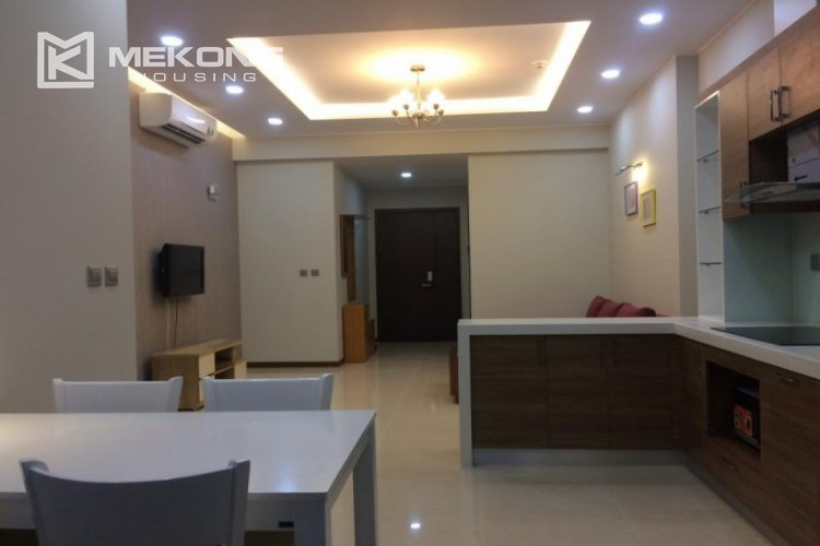 Fully furnished apartment with 2 bedrooms in Trang An Complex, Cau Giay district 4