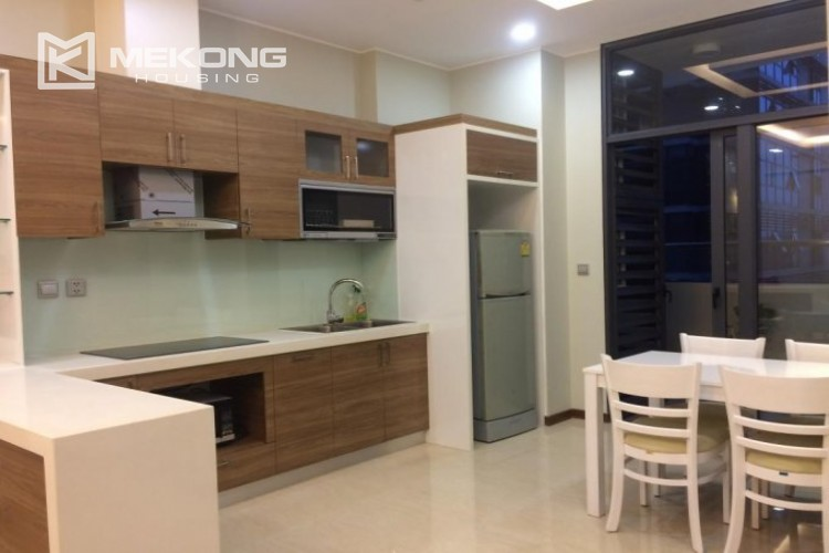 Fully furnished apartment with 2 bedrooms in Trang An Complex, Cau Giay district 5