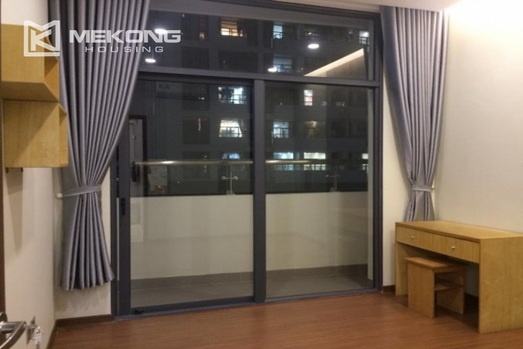 Fully furnished apartment with 2 bedrooms in Trang An Complex, Cau Giay district 9