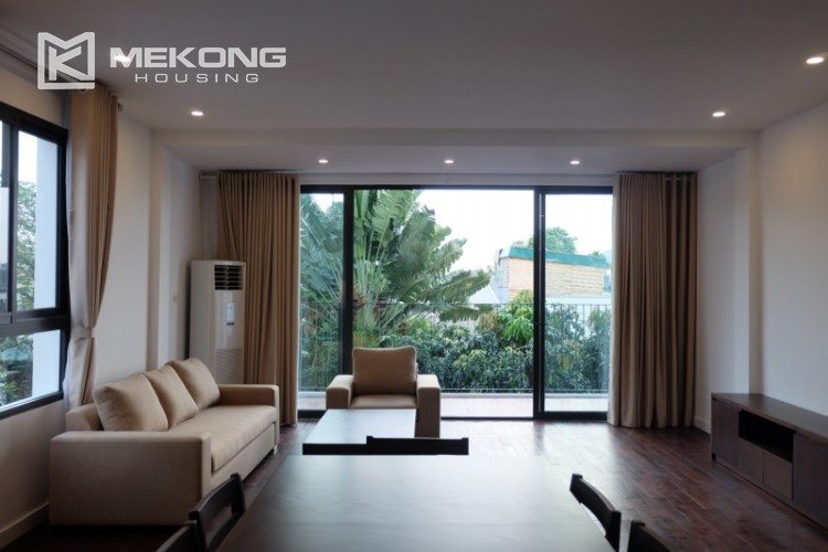 Fully furnished apartment with 3 bedrooms for rent in Xom Chua 5