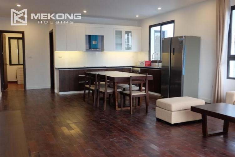 Fully furnished apartment with 3 bedrooms for rent in Xom Chua 11