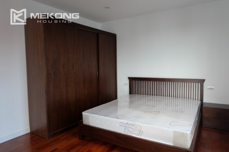 Fully furnished apartment with 3 bedrooms for rent in Xom Chua 20