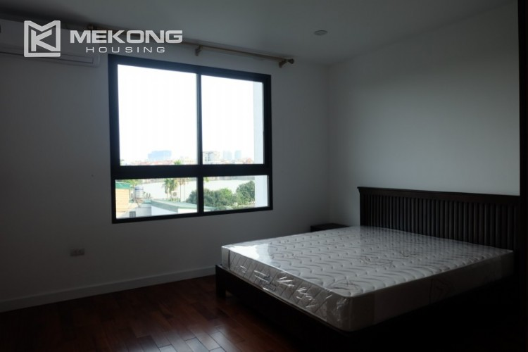 Fully furnished apartment with 3 bedrooms for rent in Xom Chua 21