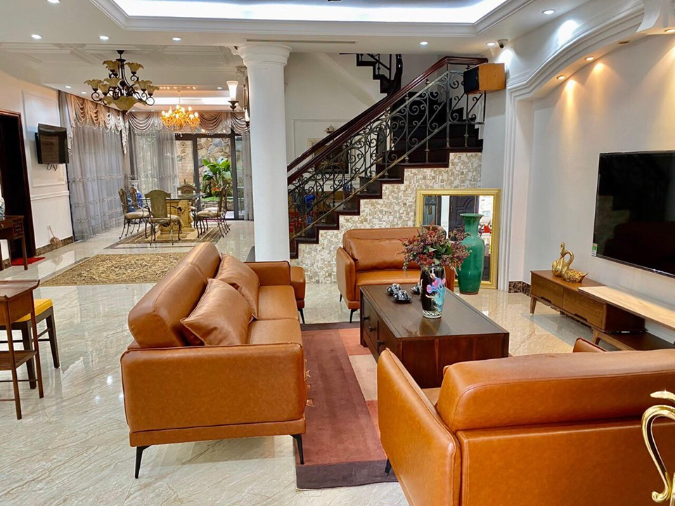 Fully furnished house with 4 bedrooms for rent in C block, Ciputra Hanoi
