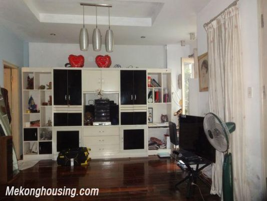 Fully furnished house with 4 bedrooms for rent in Nghi Tam, Tay Ho district, Hanoi 4
