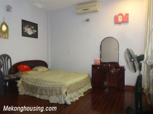 Fully furnished house with 4 bedrooms for rent in Nghi Tam, Tay Ho district, Hanoi 17